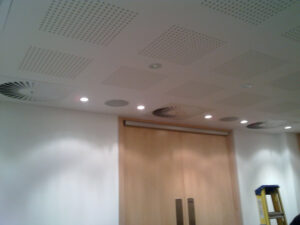 Office heating and air conditioning system